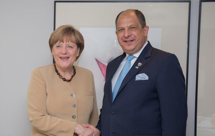 Solís busca apoyo en Alemania para implementar educación dual