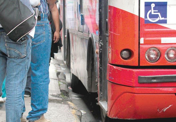 Sala IV suspendió audiencia sobre autobuses