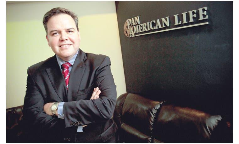 Pan-American Life ofrece seguro médico de bajo costo