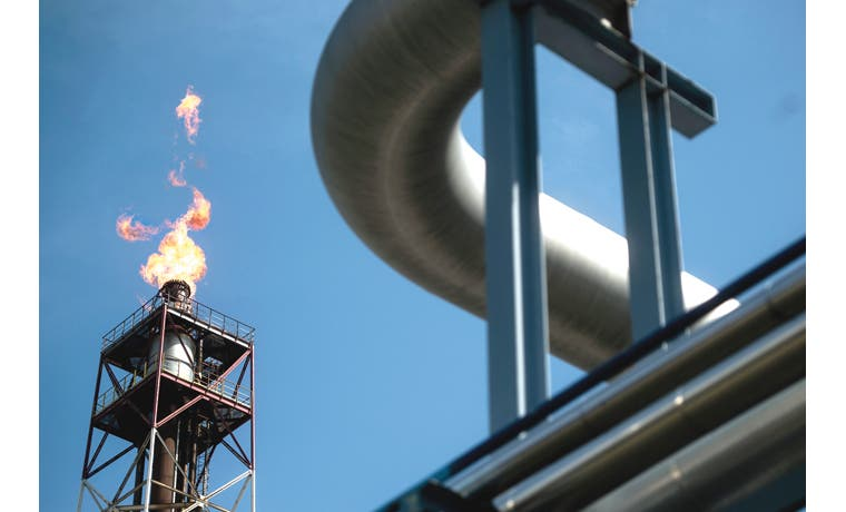 Operadores de petróleo pierden fe en aumento por ritmo récord de producción