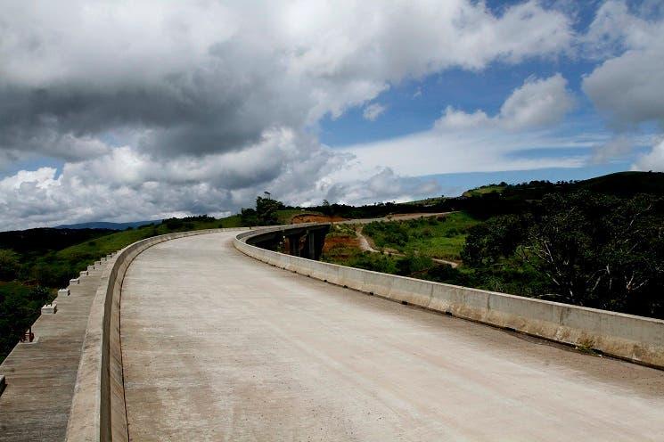 Presidente Solís se reunirá con sancarleños por carretera