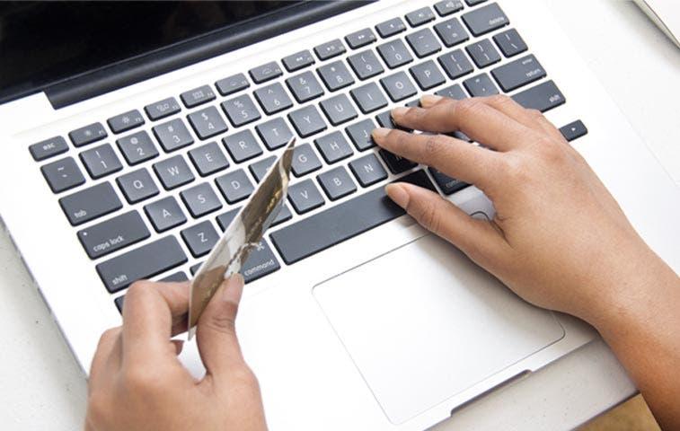 Ticos prefieren pagos electrónicos al efectivo