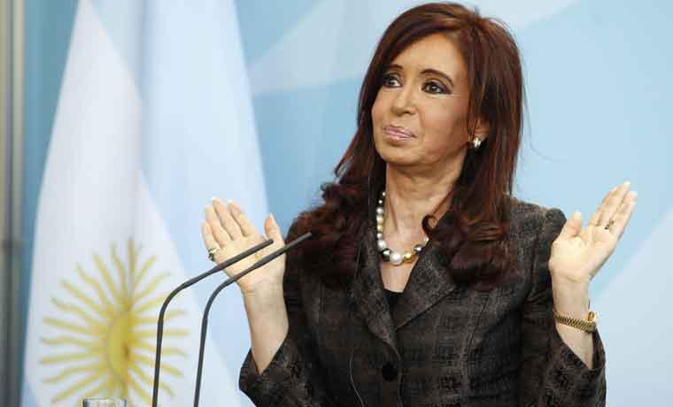 En el mercado de bonos se exageró mucho la salida de la presidenta argentina