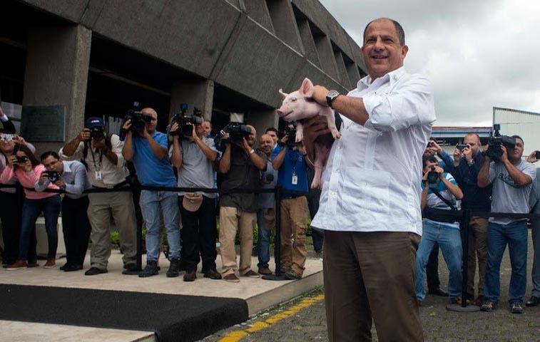 Solís emitirá en 24 horas propuesta para atender al agro