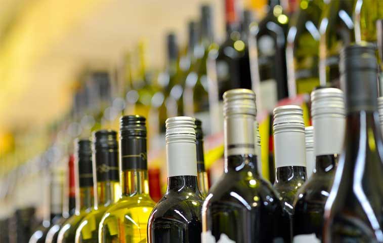 Patentes de licor pagarán hasta ¢1,2 millones al año