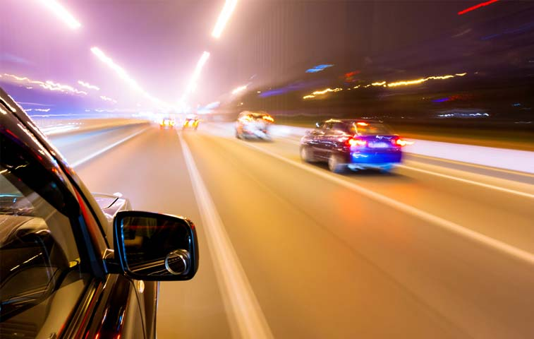 MOPT quiere regular uso público de las carreteras