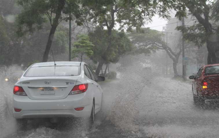 Lluvias facturan daños de ¢7.200 millones en carreteras
