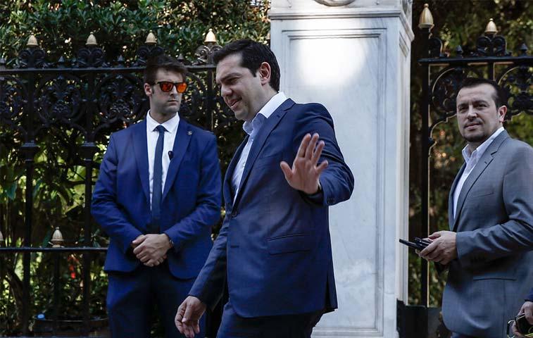 """Berlín no ve las """"condiciones"""" para negociar más ayuda a Grecia"""
