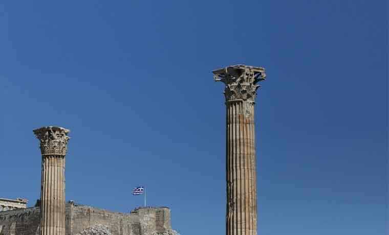 """Europa rechaza la """"teoría del dominó"""" y los mercados se muestran tranquilos ante la crisis griega"""