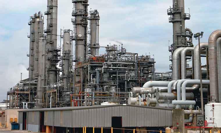 """Fiebre del """"refracking"""" recorre todo el sector petrolero"""