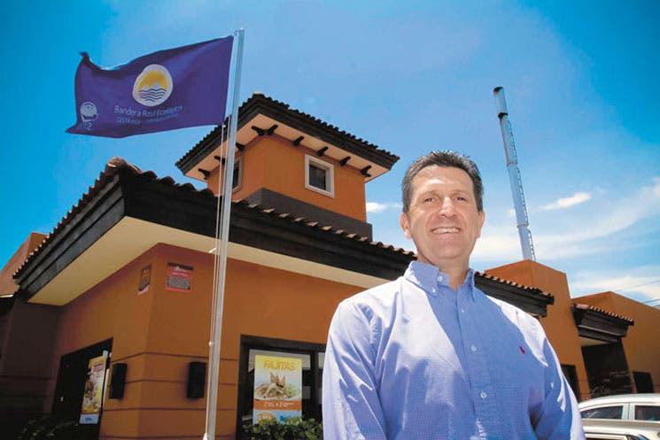 Rostipollos invierte más de $1 millón en tres nuevos locales