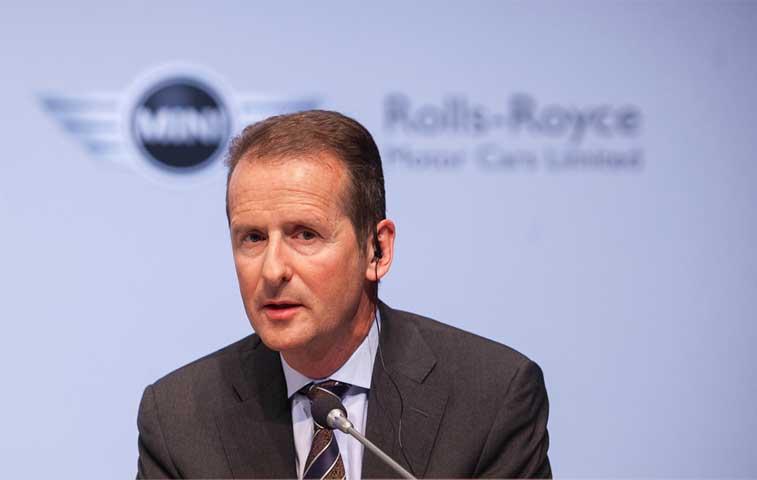 Nuevo jefe de marca Volskwagen promete contraatacar a rivales digitales