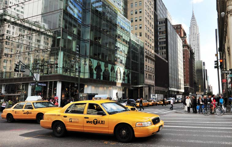 Invasión de Uber en Manhattan destruye mercado de crédito para taxis