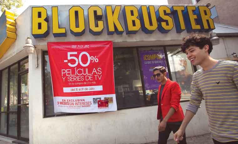 Mexicanos volcados a viejas marcas