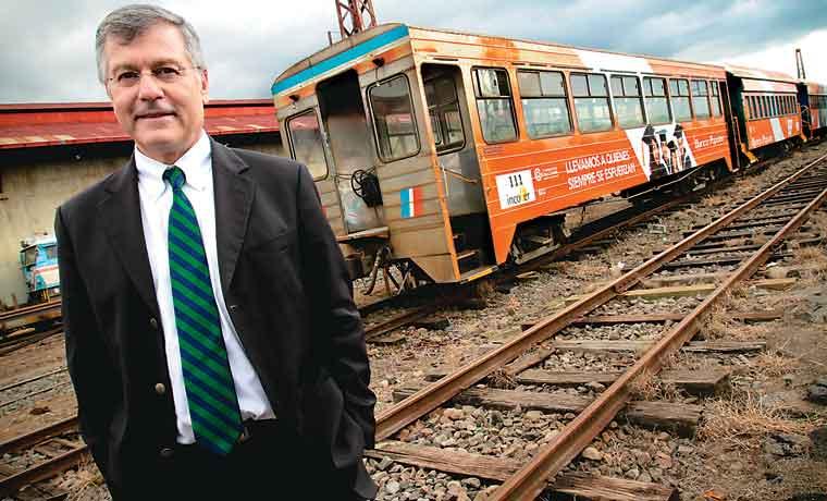 Nuevo tren se construiría con fondos del BID