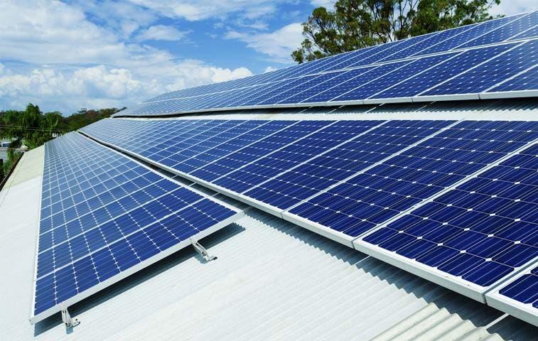 Escuela en Palmares apuesta por paneles solares