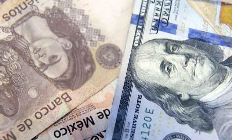 Predicciones sobre el peso mexicano quedan mal al profundizarse la caída