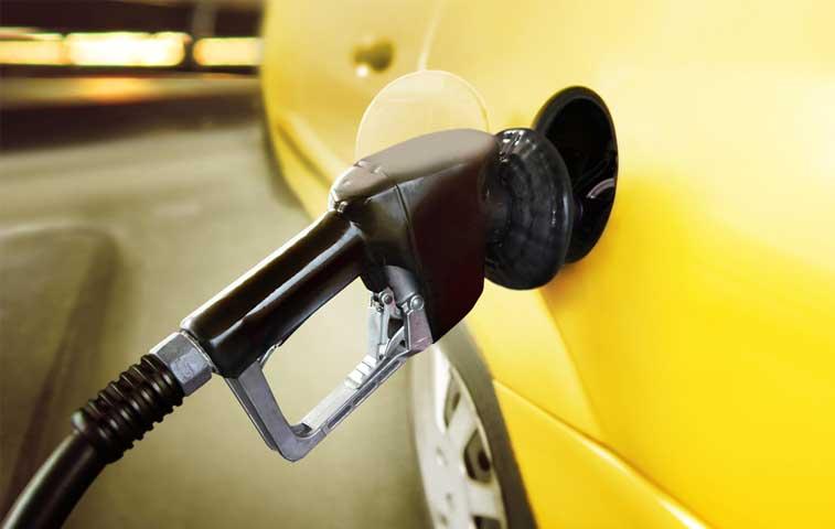 Aresep anuncia rebaja de ¢4,74 por litro de gasolina