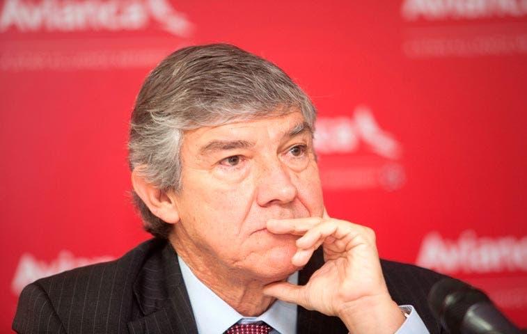 Fabio Villegas renuncia a presidencia de Avianca