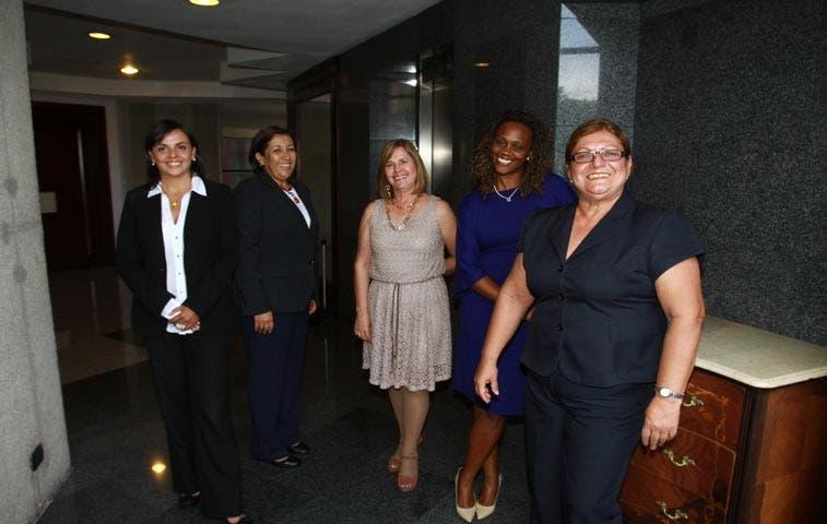 Jiménez renuncia a subjefatura del PAC por pacto político con sindicatos