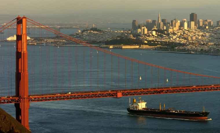 Soluciones ilegales para vivir se multiplican en Área de la Bahía