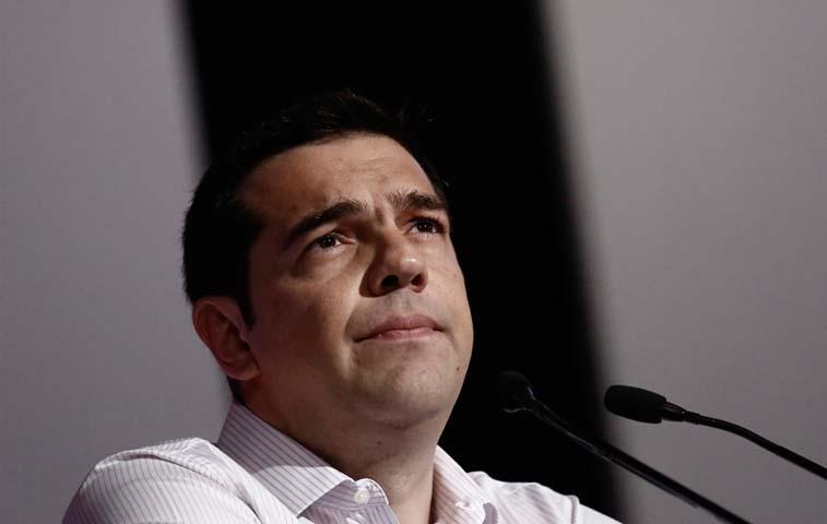 Tsipras batalla en todos los frentes sin tregua para economía griega