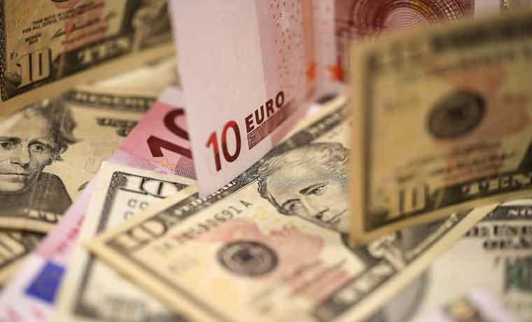 Para ver hacia dónde va el euro, hay que mirar al dólar