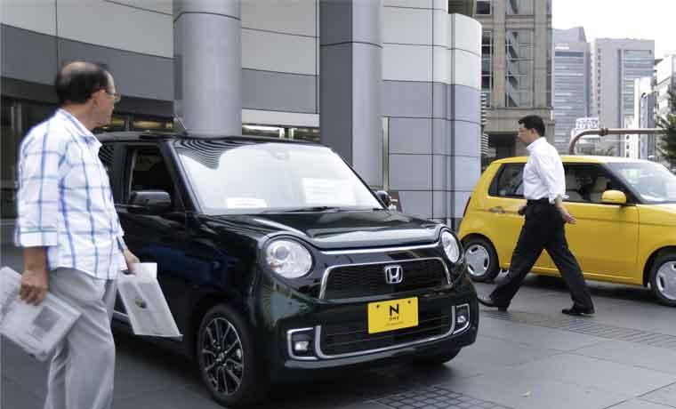 Baja en ventas de autos enciende alarma en economía China