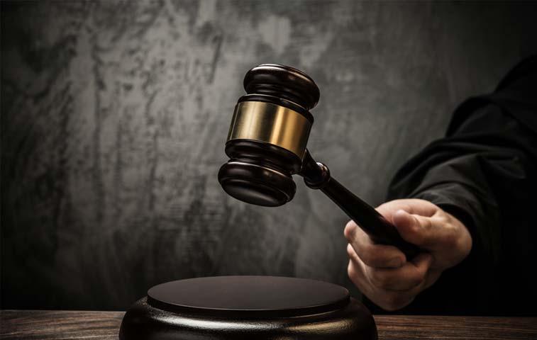 Libertarios a juicio por estafa