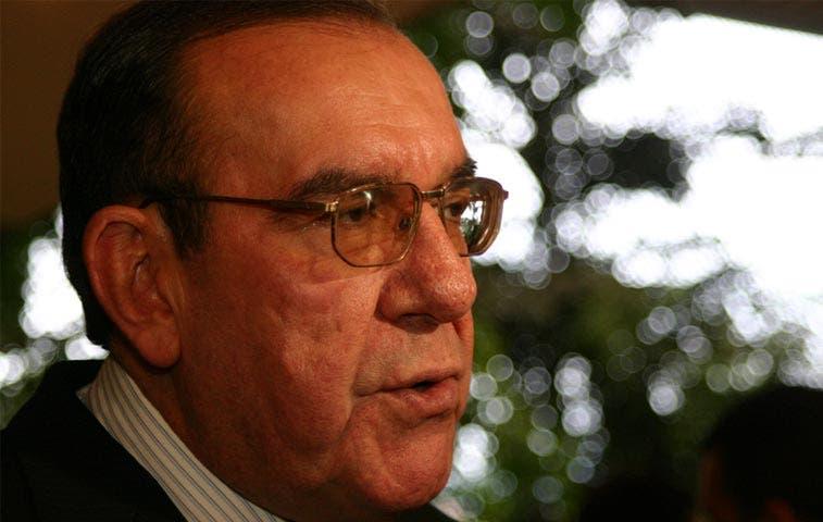 Contención de gasto debe anteponerse a nuevos impuestos, asegura Rodrigo Arias