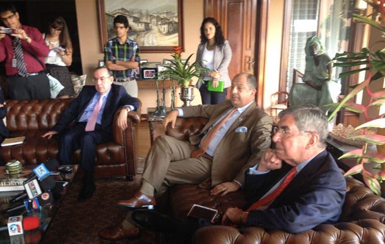 Arias se opone a usar recursos de pensiones para ruta 27