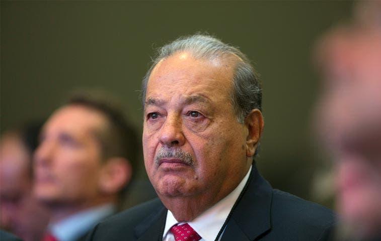 Carlos Slim avanza hacia división de su imperio