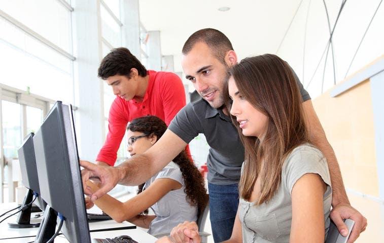 Multinacionales impartirán cursos especializados en universidades