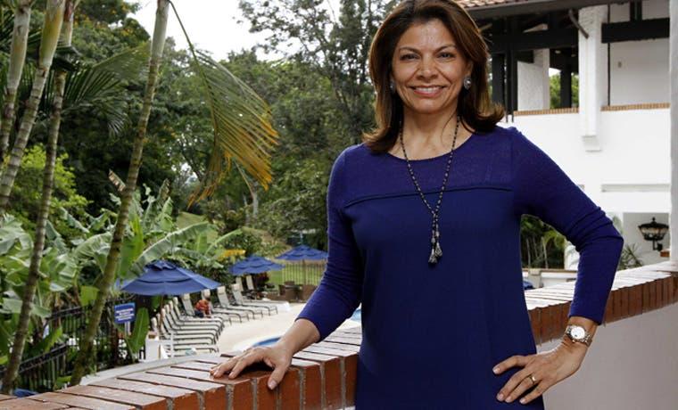 Chinchilla invita a mujeres a seguir luchando
