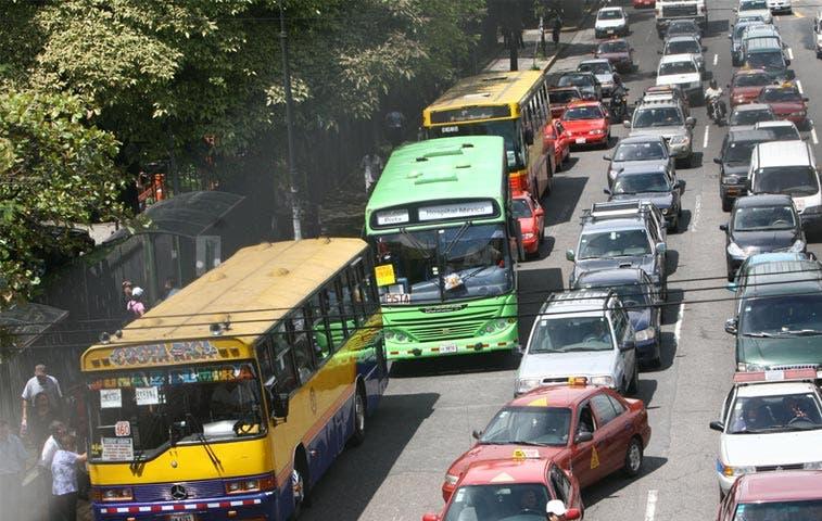 Aresep propone rebaja de entre ¢5 y ¢15 en tarifas de autobuses