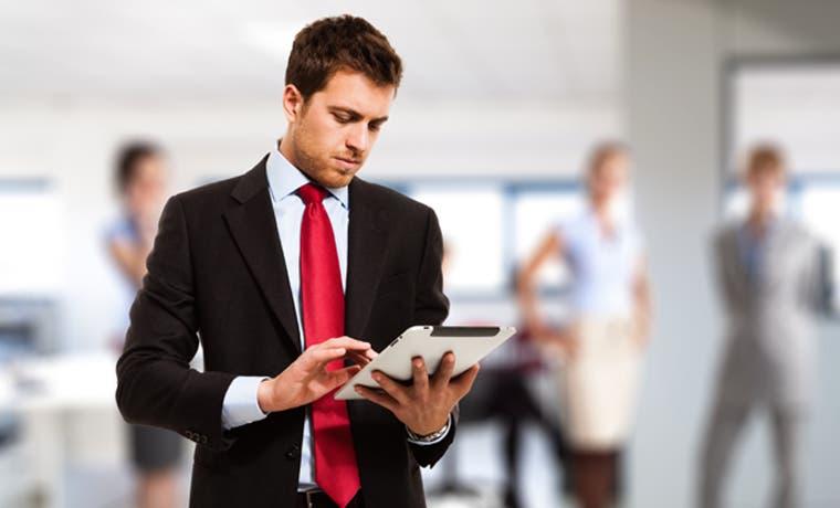 Empleo para profesionales y directivos se recupera