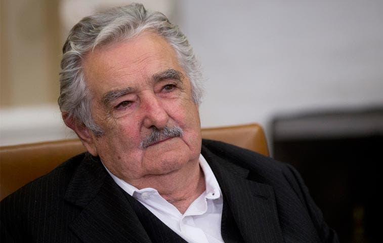 Mujica y Solís se reúnen este miércoles