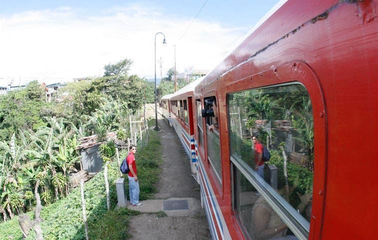 Servicio al medio día de trenes Heredia-San Pedro se suspende