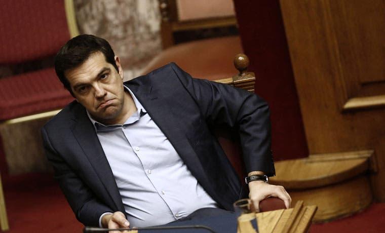 Tsipras renunció
