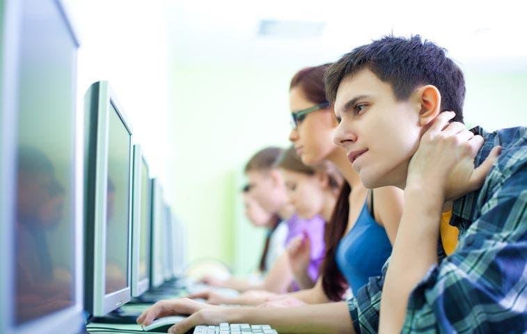 Colegios técnicos y nocturnos registran altas diferencias en desempeño