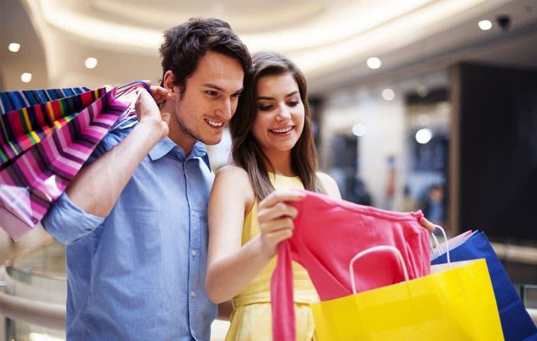 Confianza de los consumidores en EE.UU. aumentó más de lo pronosticado