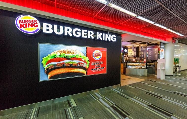 Burger King propone vender 'McWhopper' en tregua con McDonald's