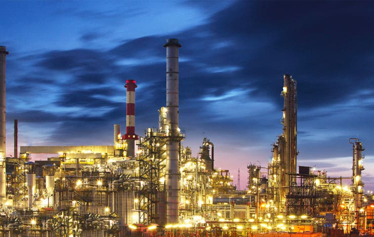 México aceleró caída global del petróleo con contratos de derivados