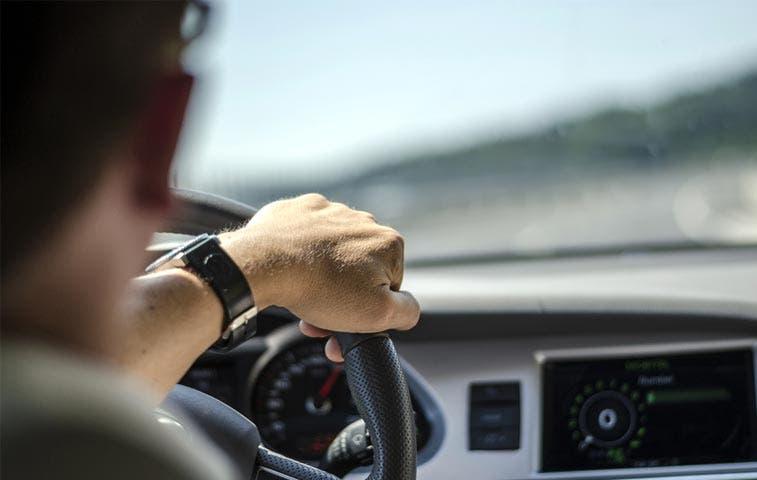 No se prohibirá importación de autos con más de seis años