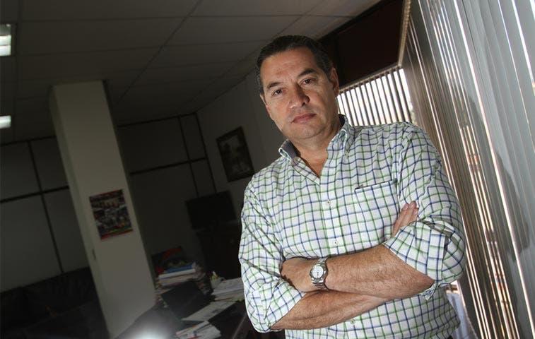 Investigan a fiscal que ordenó detener a Thompson