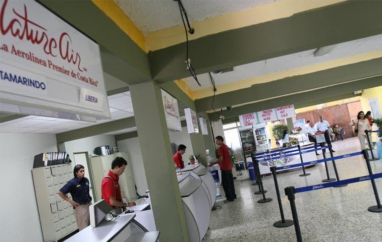Aviación Civil cierra operaciones nocturnas del Tobías Bolaños