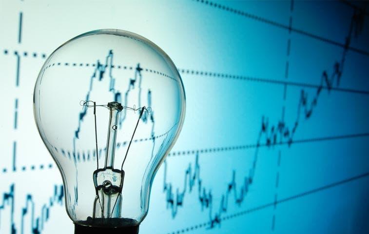 CNFL pagaría proyectos fallidos con aumento del 35% en tarifa eléctrica