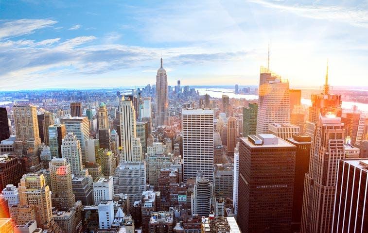 Baja el valor de casas en Nueva York y Washington