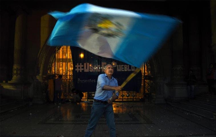 Redes sociales agitaron movimiento ciudadano en Guatemala
