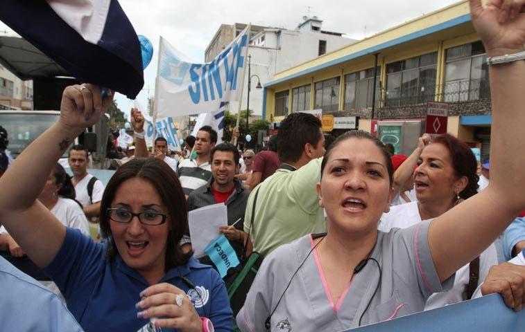 """Sindicatos a huelga por """"campaña de terrorismo ideológico"""""""